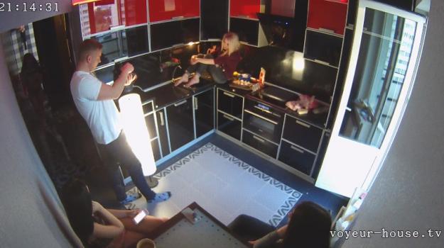 Voyeur-house.tv- Photo shoot part 2 june 17