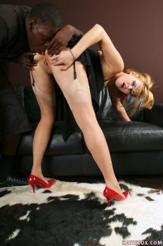 Katiekox.com- CALL GIRL