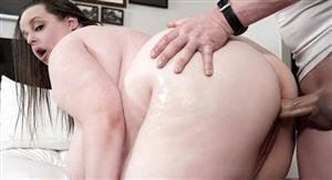 pure-bbw-21-04-21-becca-bunny-is-ready-for-summer.jpg