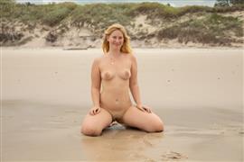 abbywinters-21-05-15-juniper-j-self-pleasuring-at-the-beach.jpg