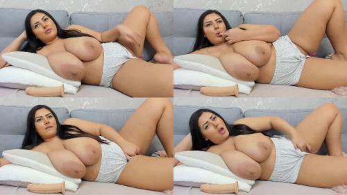 209605573_massive-boobs-00537.png