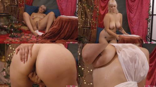 209605730_massive-boobs-00581.png